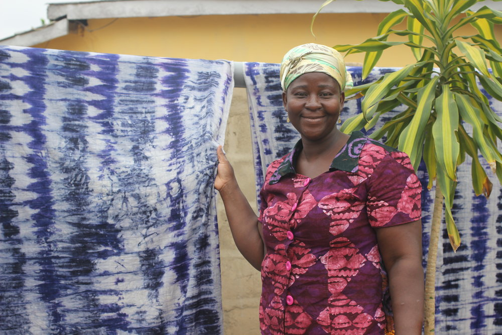 Matilda Inspects Tie-Dye Fabrics by Workshop Cloth-Makers