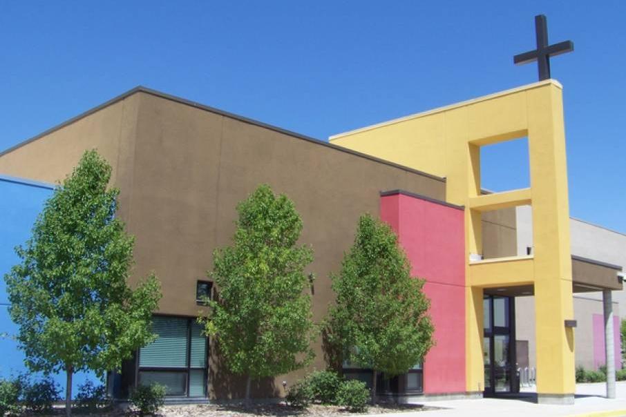 Saint Andrew School Front.jpg
