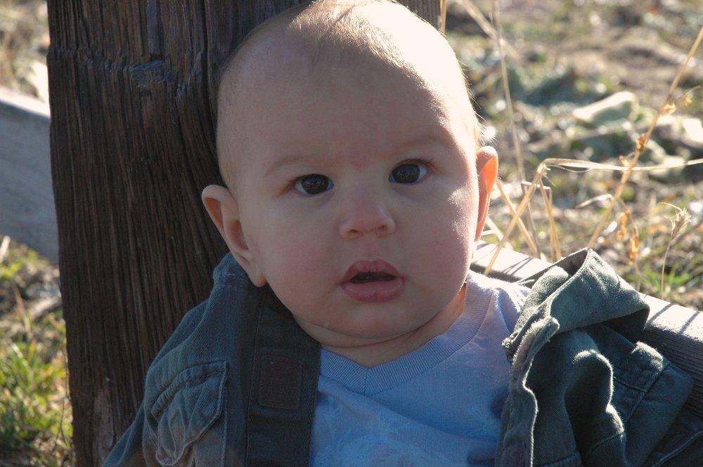 grass-baby-face.jpg