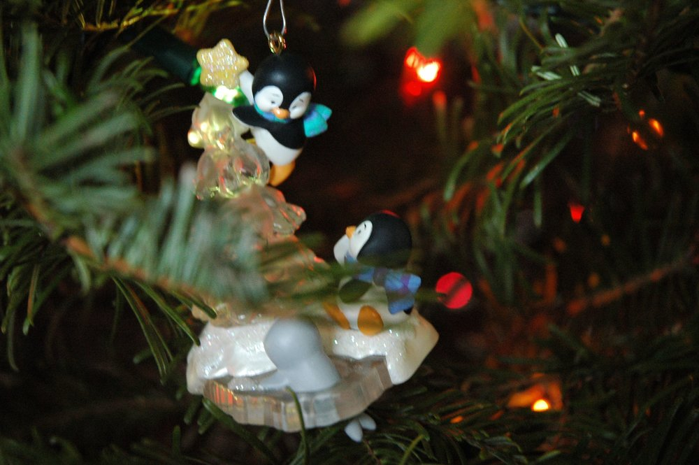 christmas-ornament-hallmark-penguin.jpg