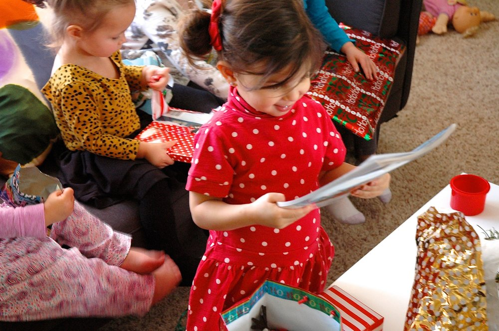 toddler-white-elephant-gift-exchange.jpg