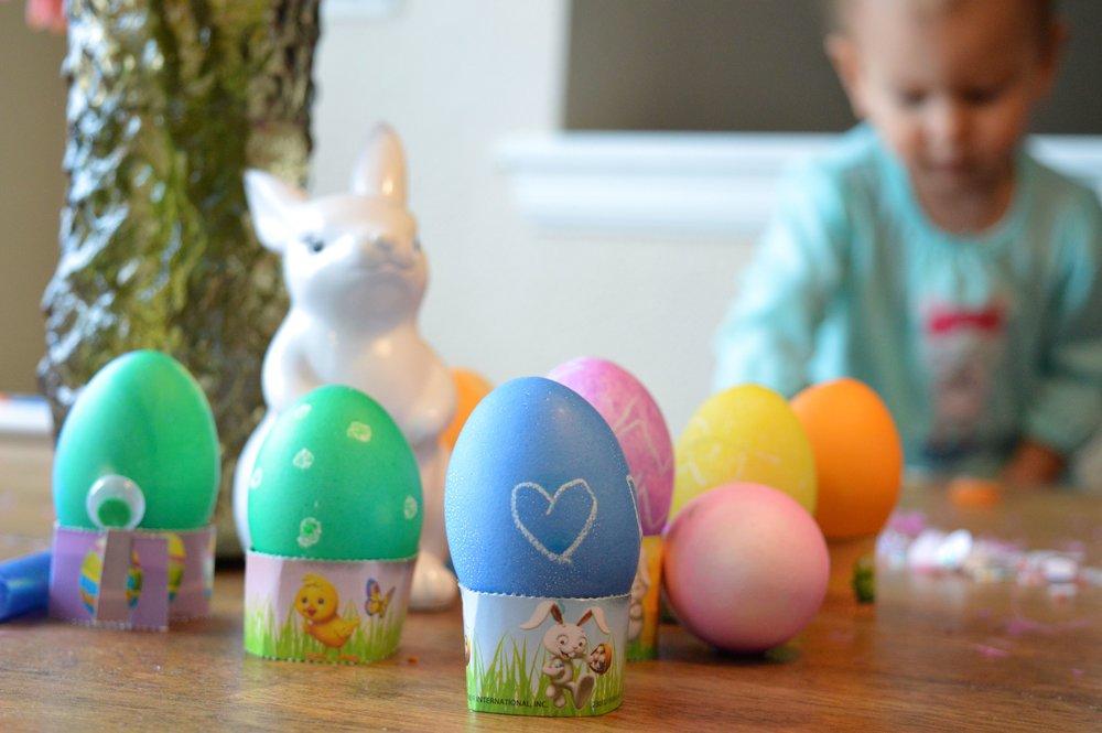 egg-dying-10.jpg