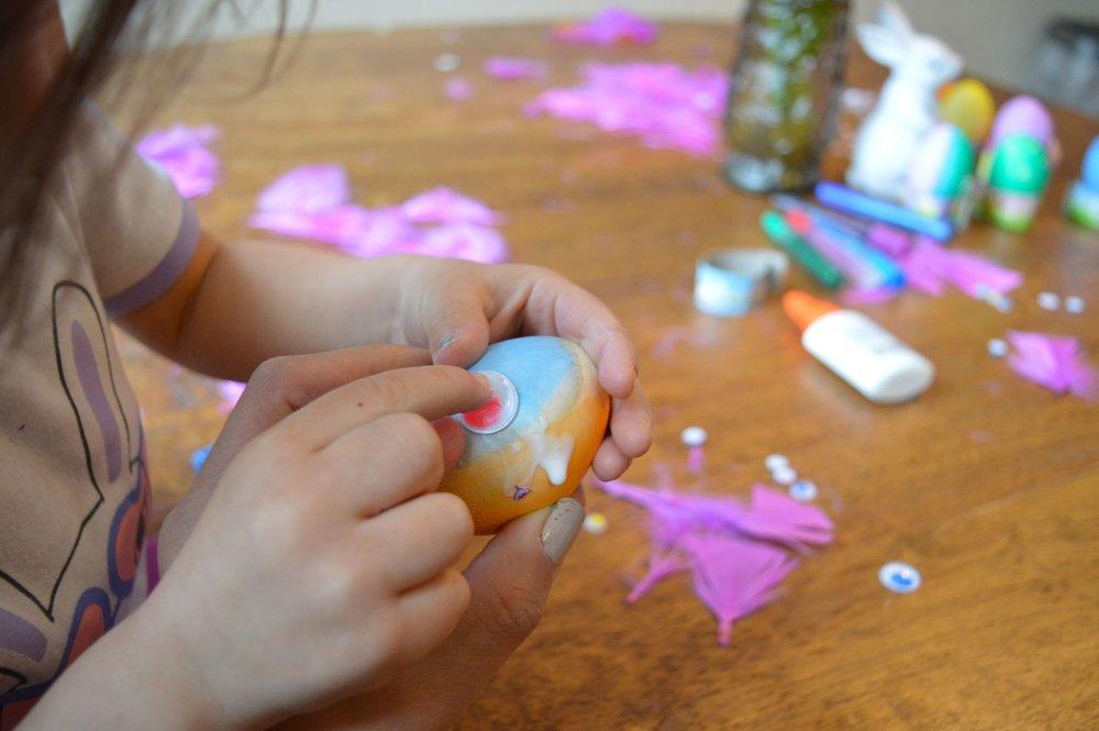 egg-dying-14.jpg