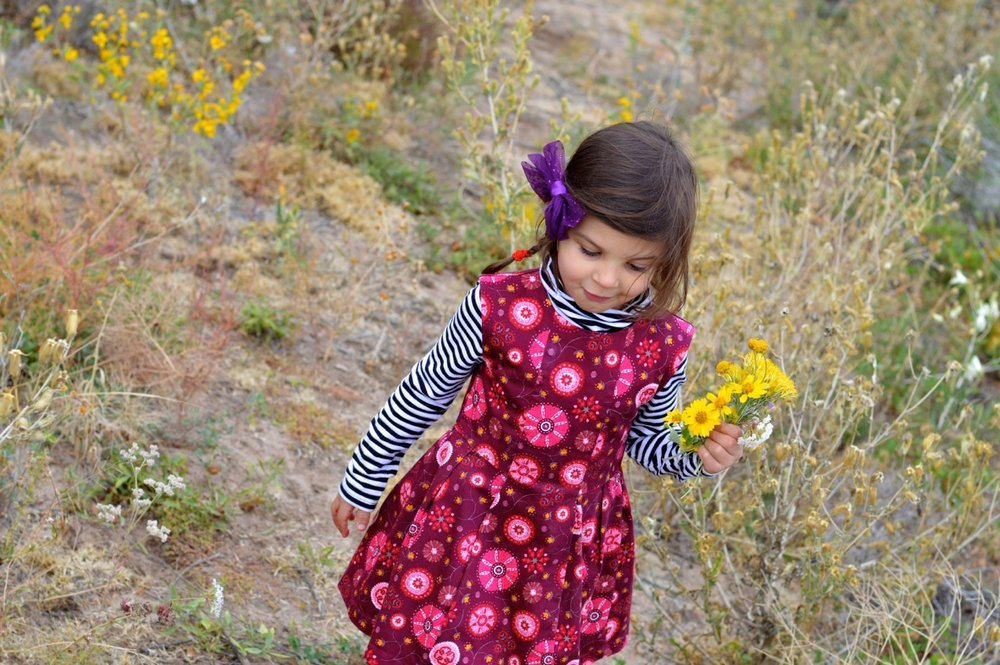 Nature-Walk-with-Toddlers-in-Colorado-68.jpg