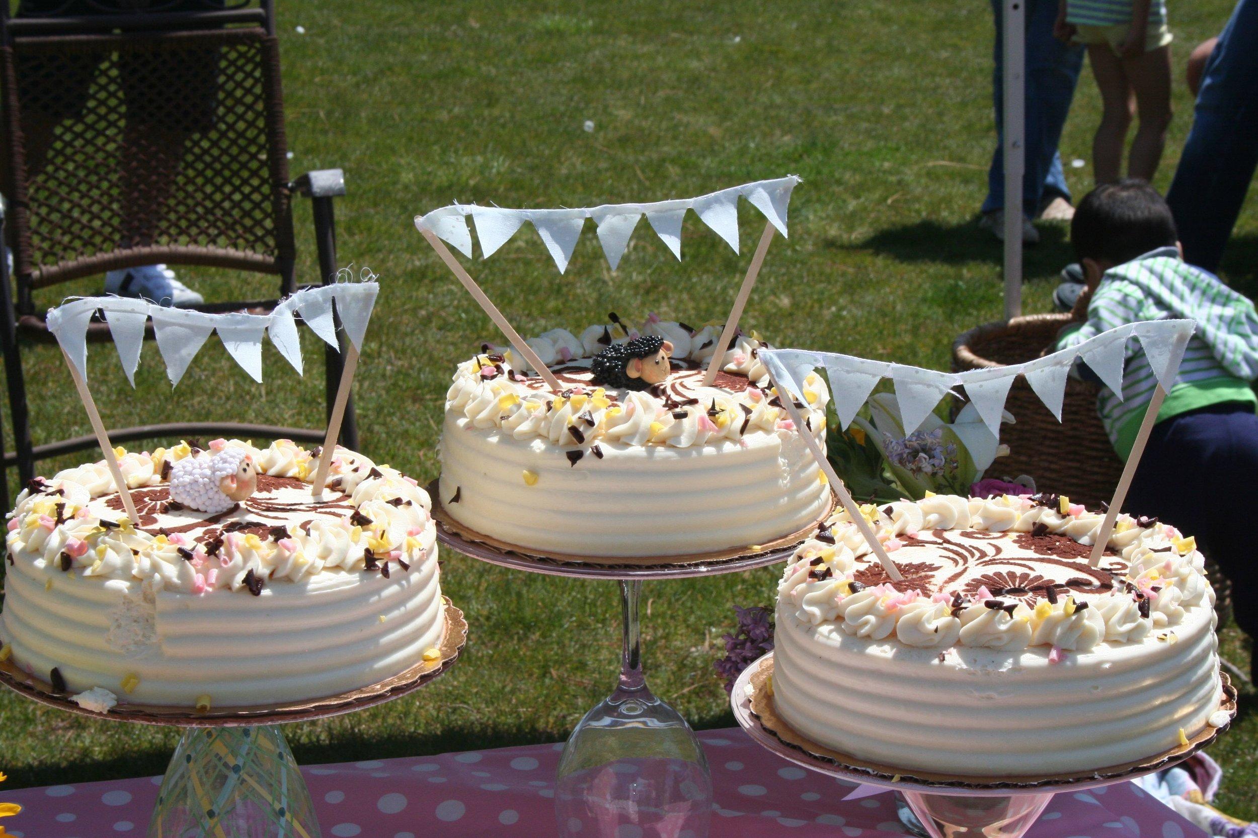 one cakes