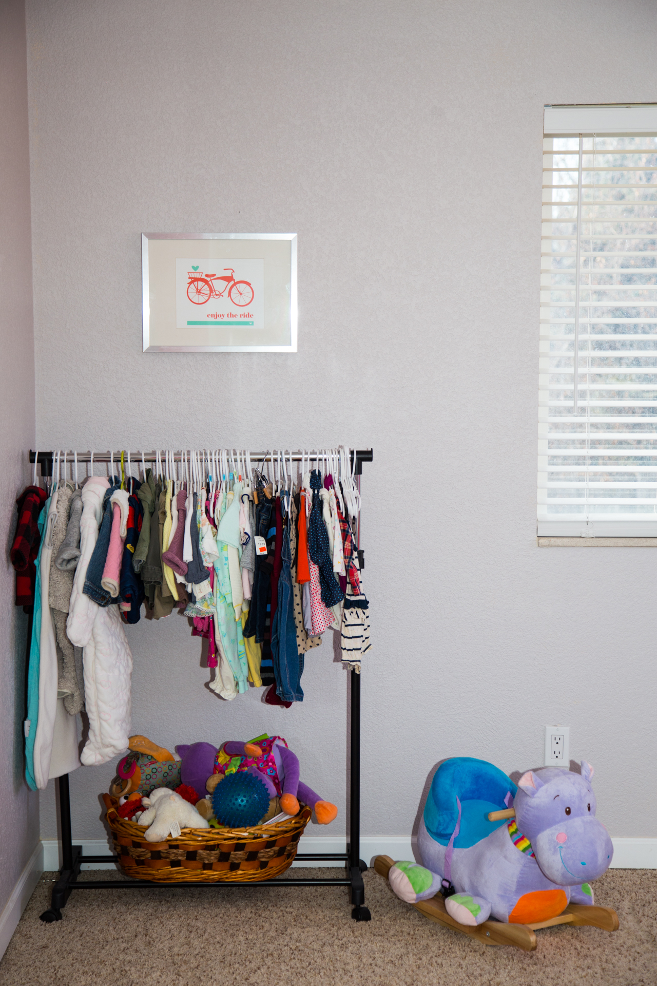 r d clothes rack wall