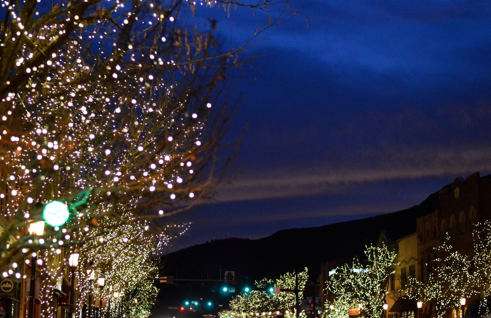 Colorado Hotel Glenwood Springs at Christmastime 28.jpg