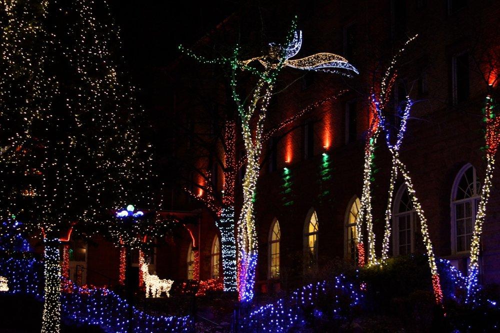 Colorado Hotel Glenwood Springs at Christmastime 34.jpg