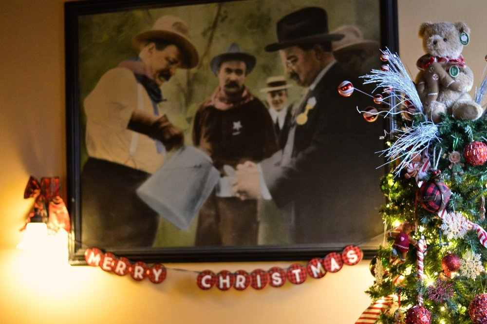 Colorado Hotel Glenwood Springs at Christmastime 52.jpg