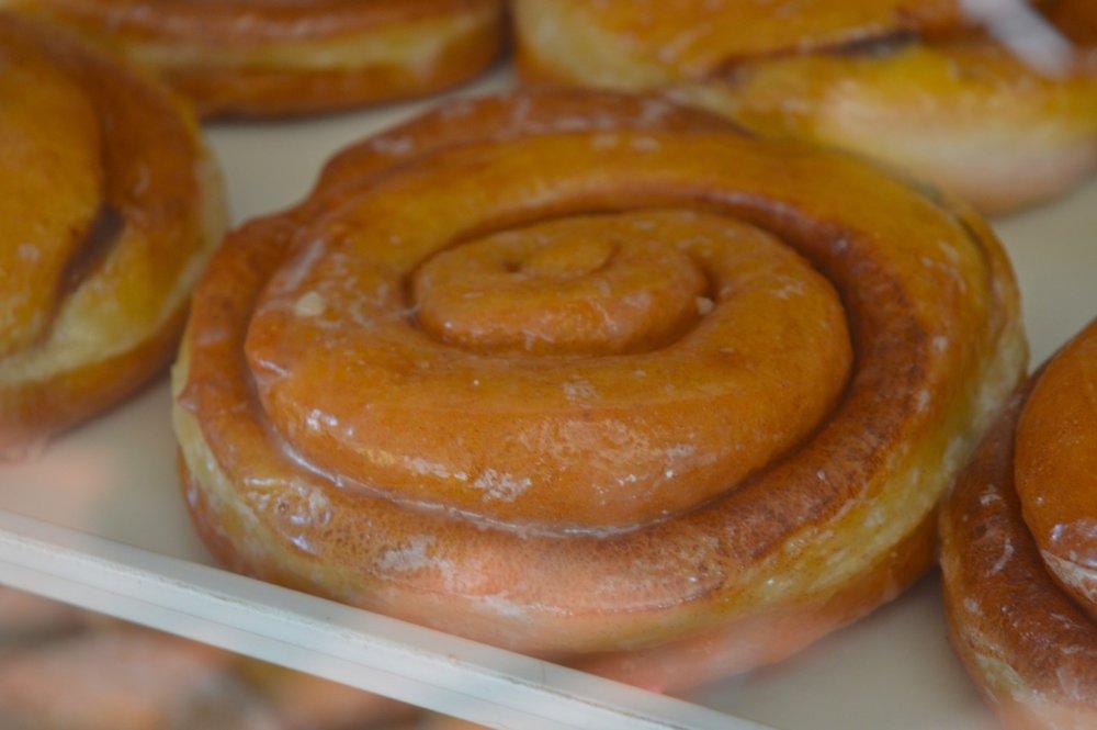 Winchells Donut Aurora 9.jpg
