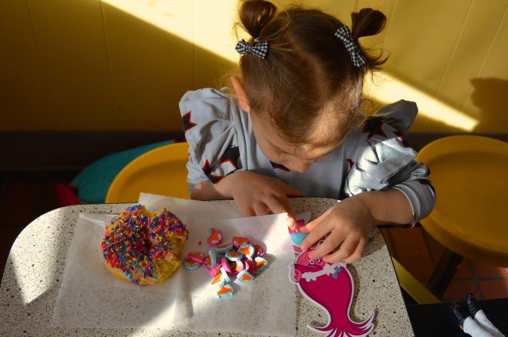 Winchells Donut Aurora 12.jpg