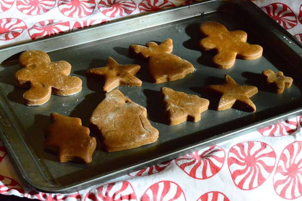 Gingerbread Cookie Making with Toddlers 20.jpg