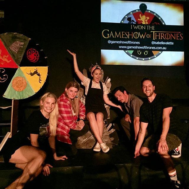 Targaryen wins! 🐉🐉🐉 Well done @louisafitzy ! Such a fun and energized show last night - congratulations to the hilarious @bokla , @theandyballoch and @riksplosive ! Tonight we have an excellent line up with @superrolando64 , @davidmassingham , @georgogeorge and @dandebuf !! 🔥🔥🔥 Heads will roll!