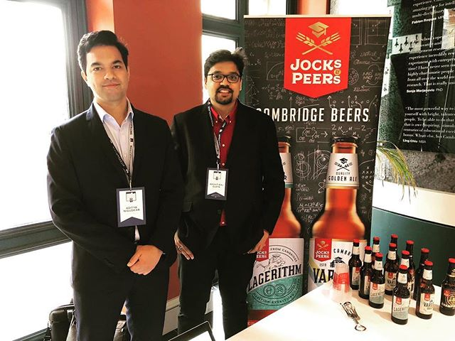 #jocksandpeers serving Cambridge brewed beers at the #pitchatpalace event at #cambridgejudgebusinessschool. Coming back to CJBS, the place where this idea was created, some 2 years ago has been very special. , , , , @cambridgejudge #cjbslife #inspiration #cambridgebeer #studentbeer #cambridgebornandbred #craftbeer @hrhthedukeofyork