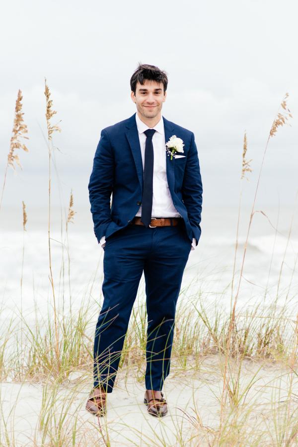 beach-wedding-attire-2.jpg