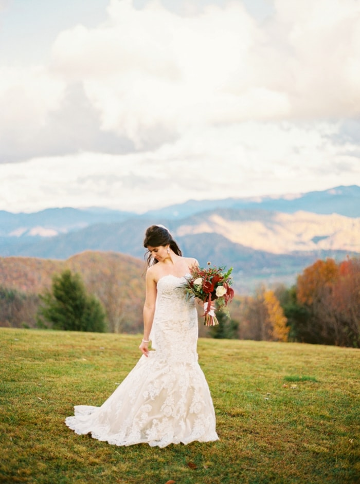 waynesville-north-carolina-mountain-elopement-5-min.jpg
