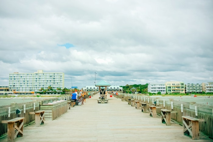 summer-in-folly-beach-south-carolina-travel-18-min.jpg