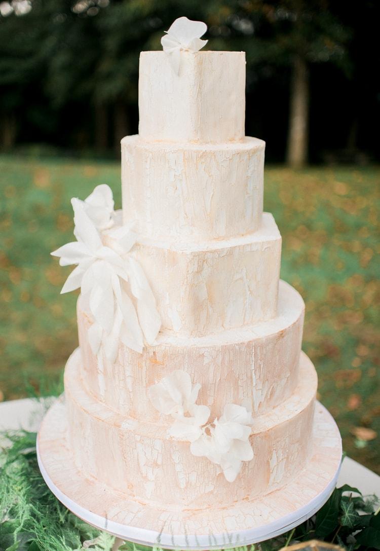 blue-ridge-mountains-wedding-inspiration-6-min.jpg
