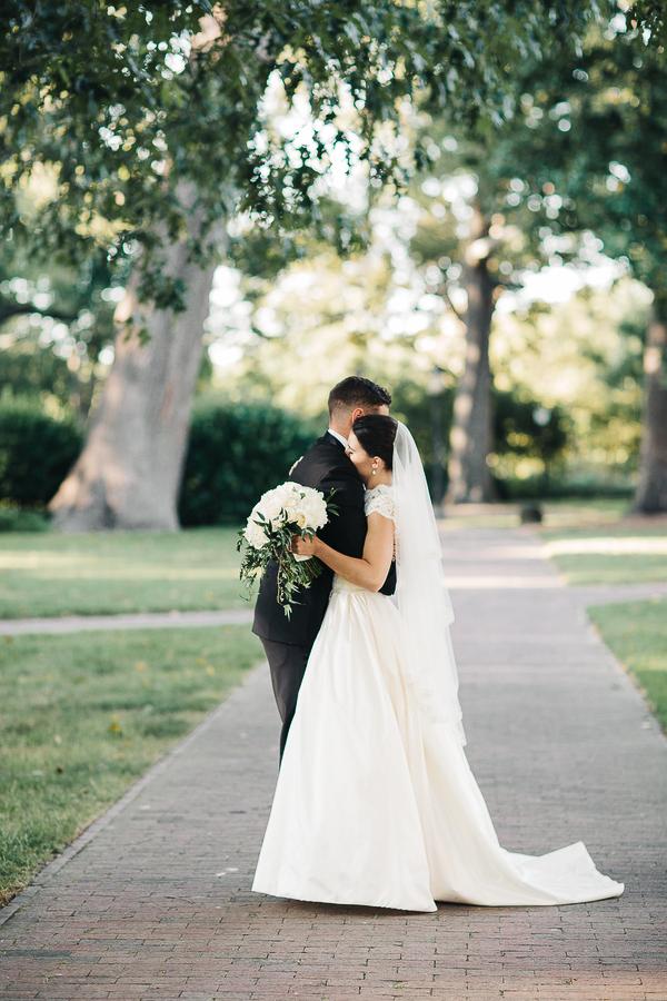southern-charm-wedding-at-the-carolina-inn-12.jpg