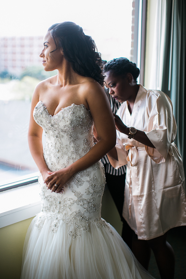 the-atrium-wilmington-nc-wedding-photos-8.jpg