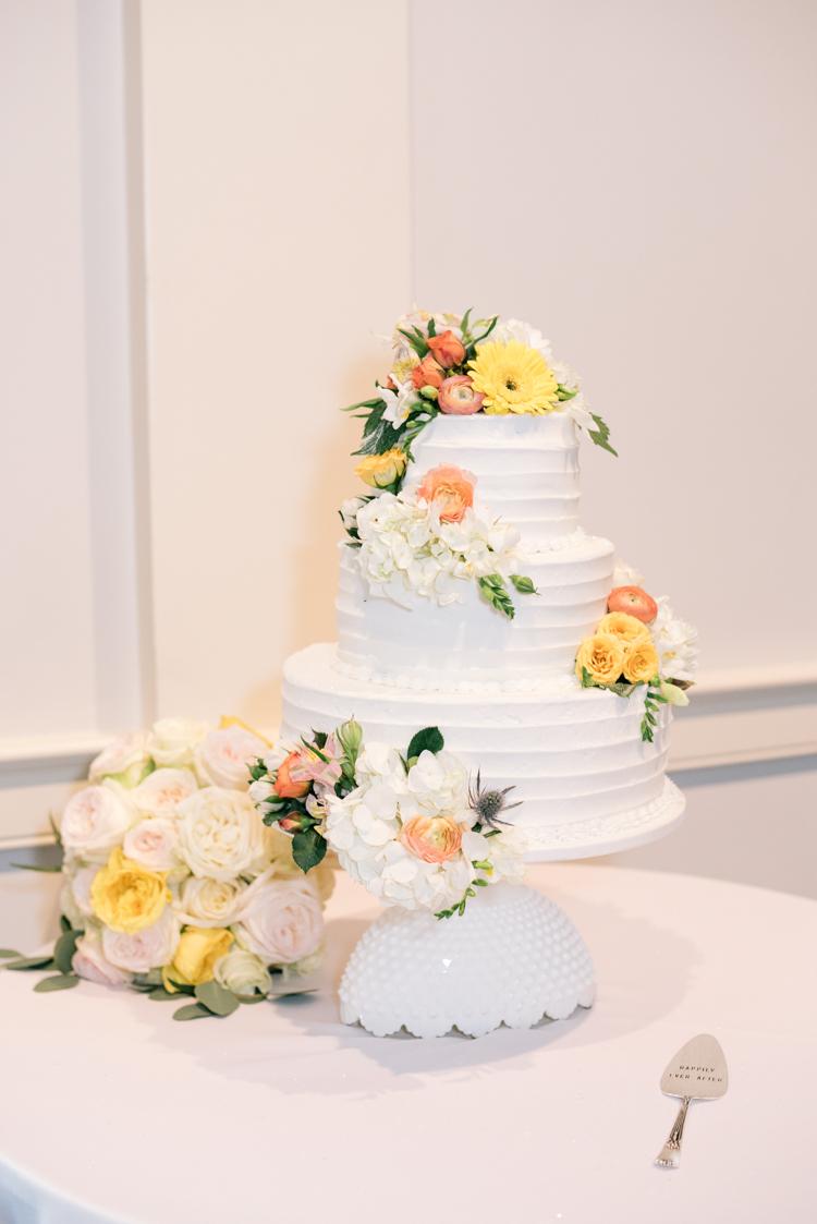 COLEMAN-HALL-CHAPEL-SOUTH-CAROLINA-WEDDING-10.jpg