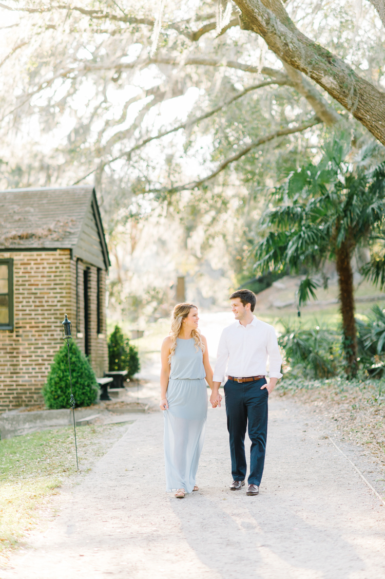 middleton-place-charleston-engagement-session-3.jpg
