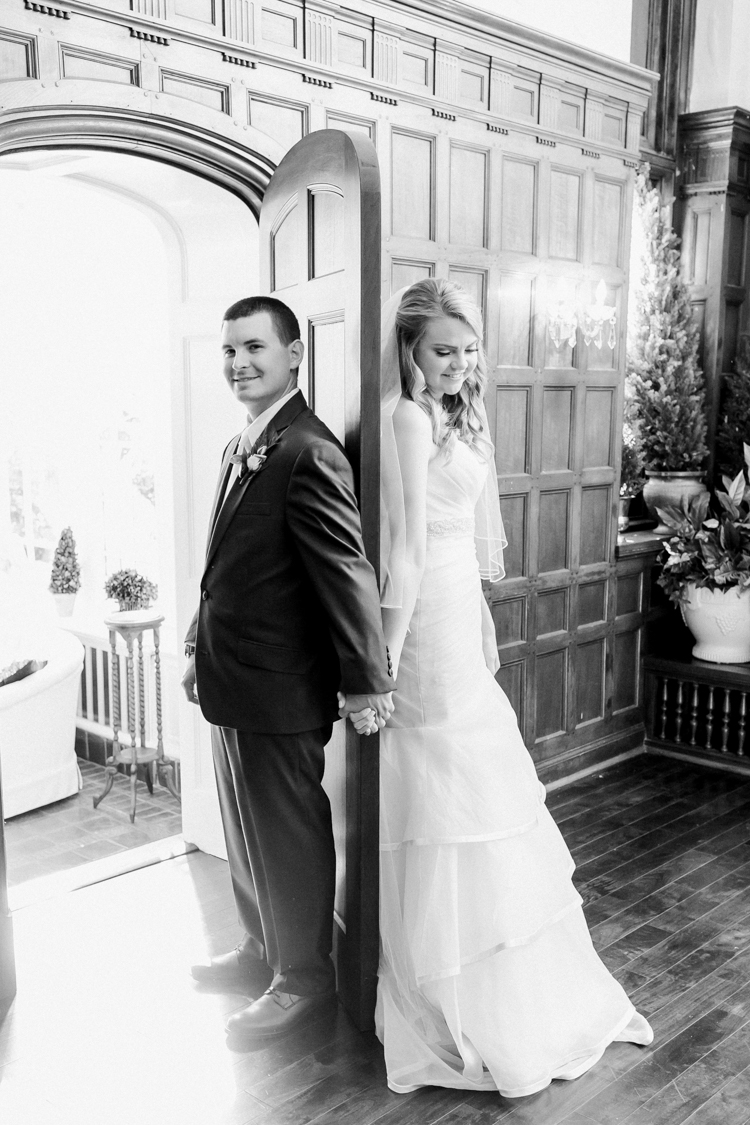 the-gassaway-mansion-greenville-sc-wedding-photos-14.jpg