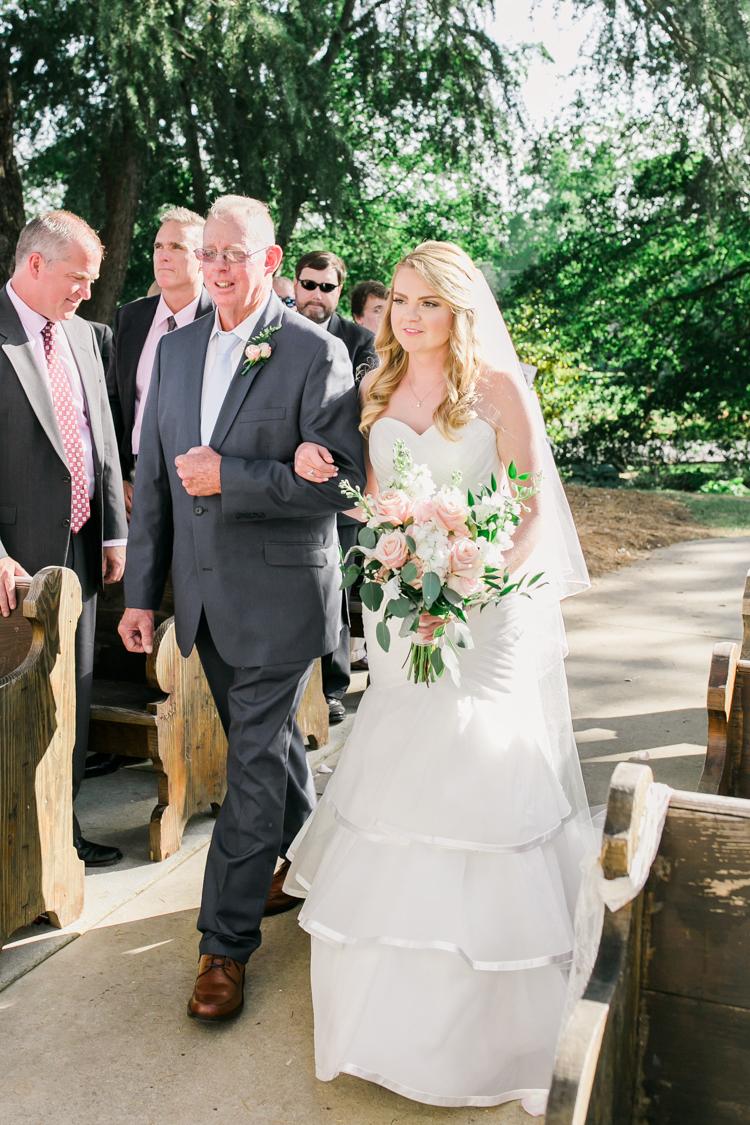 the-gassaway-mansion-greenville-sc-wedding-photos-17.jpg