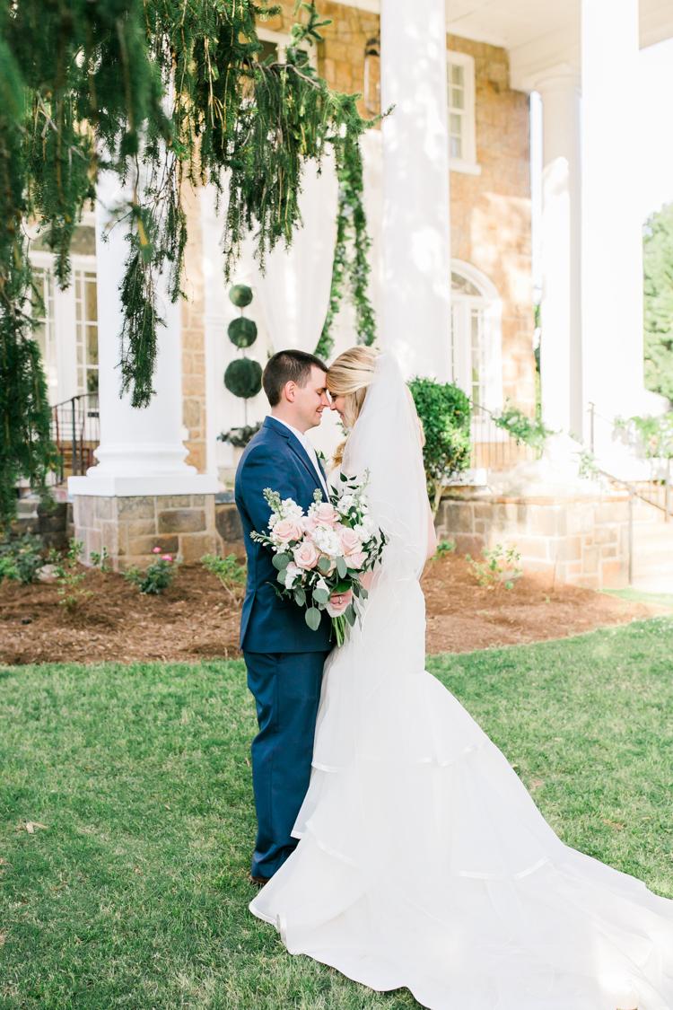 the-gassaway-mansion-greenville-sc-wedding-photos-19.jpg
