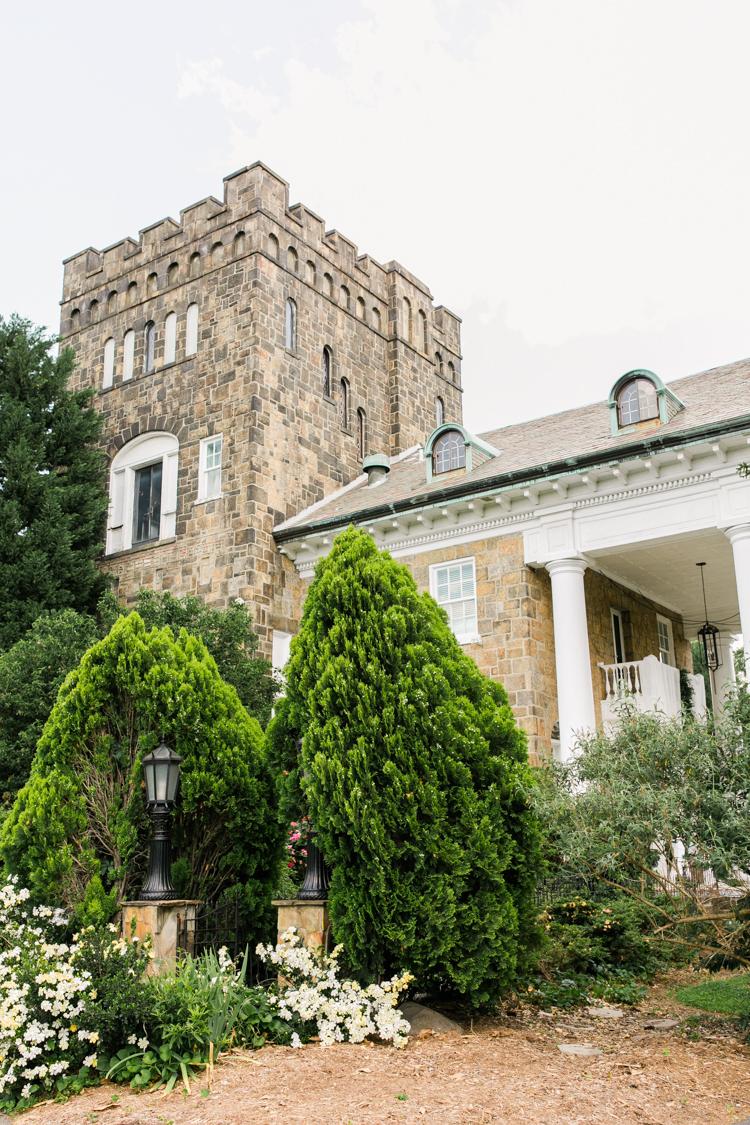 the-gassaway-mansion-greenville-sc-wedding-photos-2.jpg