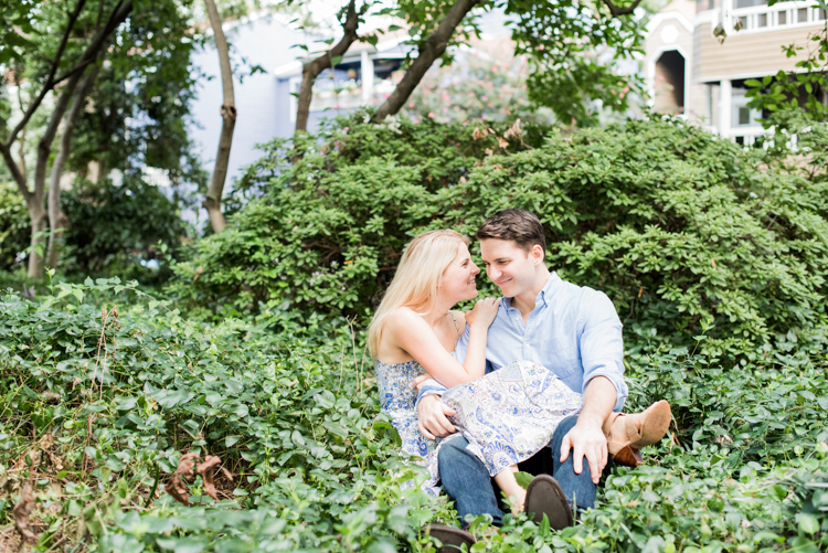 charlotte-north-carolina-engagement-pics-6.jpg
