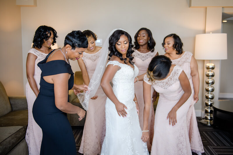 doubletree-by-hilton-raleigh-wedding-photos-5.jpg