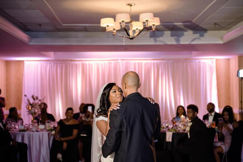 doubletree-by-hilton-raleigh-wedding-photos-12.jpg