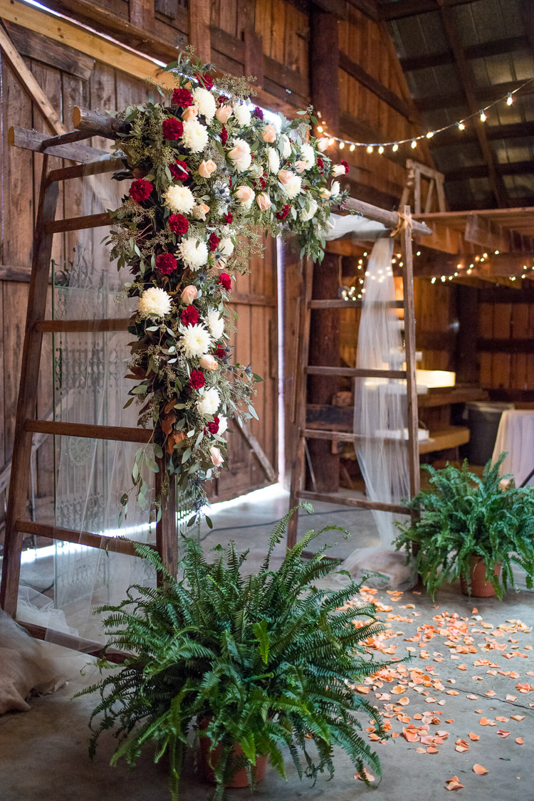 the-dutch-barn-greer-south-carolina-wedding-16.jpg