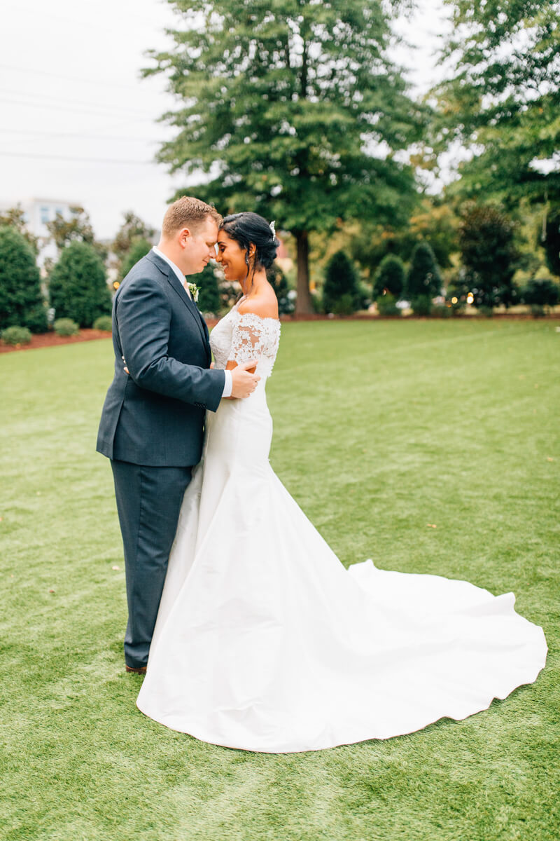 raleigh-wedding-photos-merrimon-wynne-nc-20.jpg