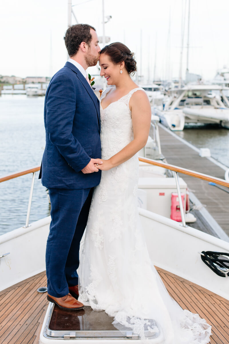 charleston-yacht-club-south-carolina-wedding-21.jpg
