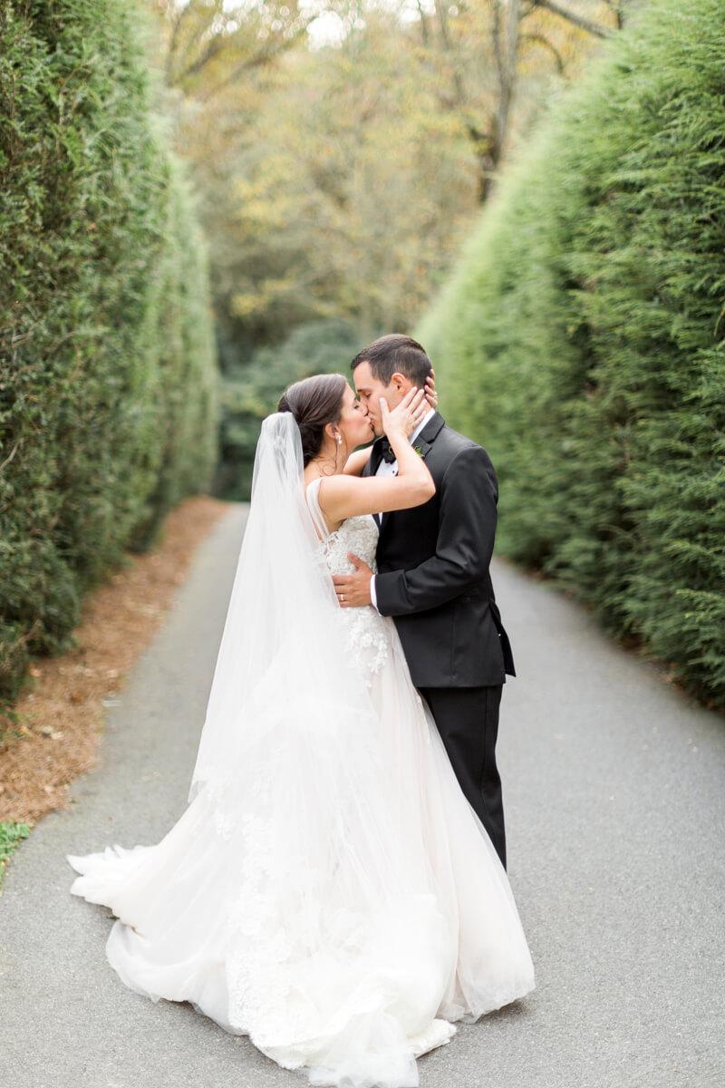 old-edwards-inn-wedding-highlands-nc-16.jpg