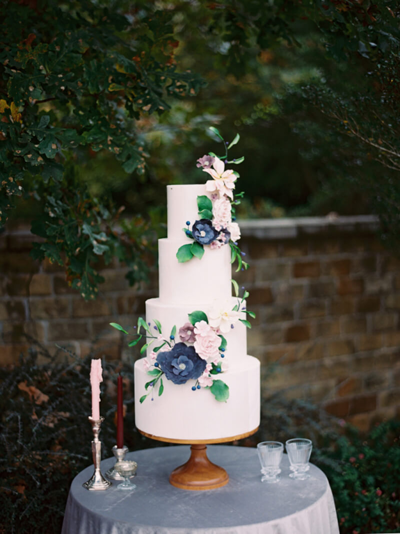 unique-wedding-cakes-north-carolina-planning-8.jpg
