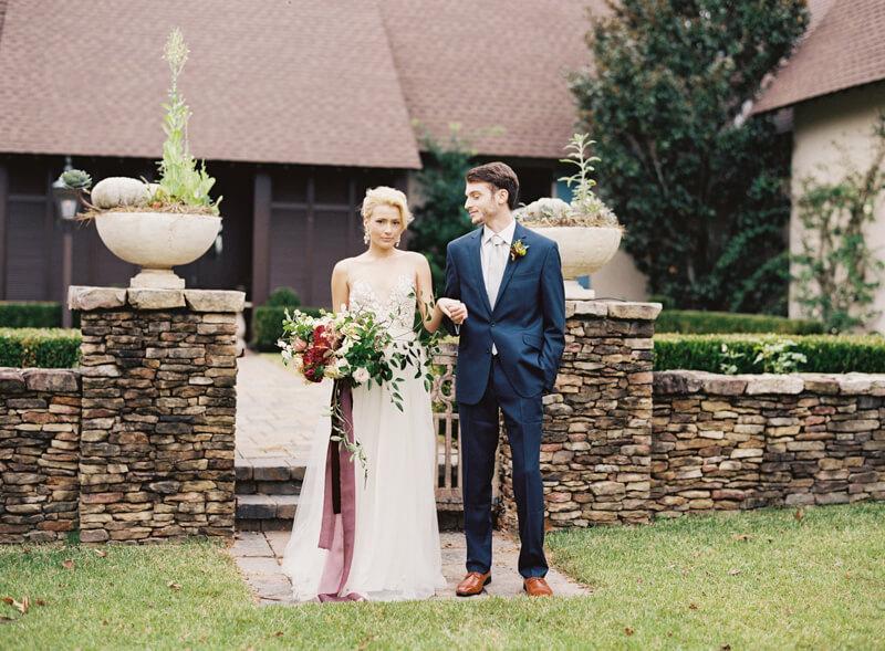 riveroaks-charleston-wedding-photos-fine-art-6.jpg