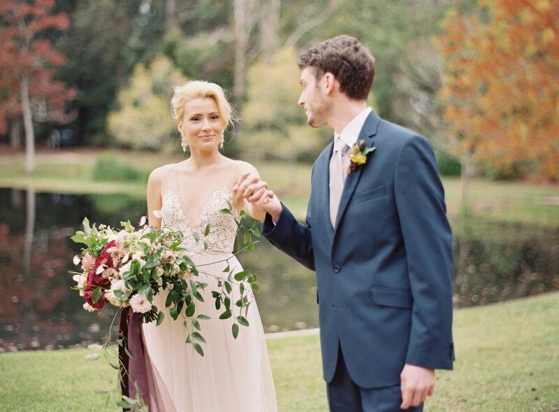 riveroaks-charleston-wedding-photos-fine-art-12.jpg