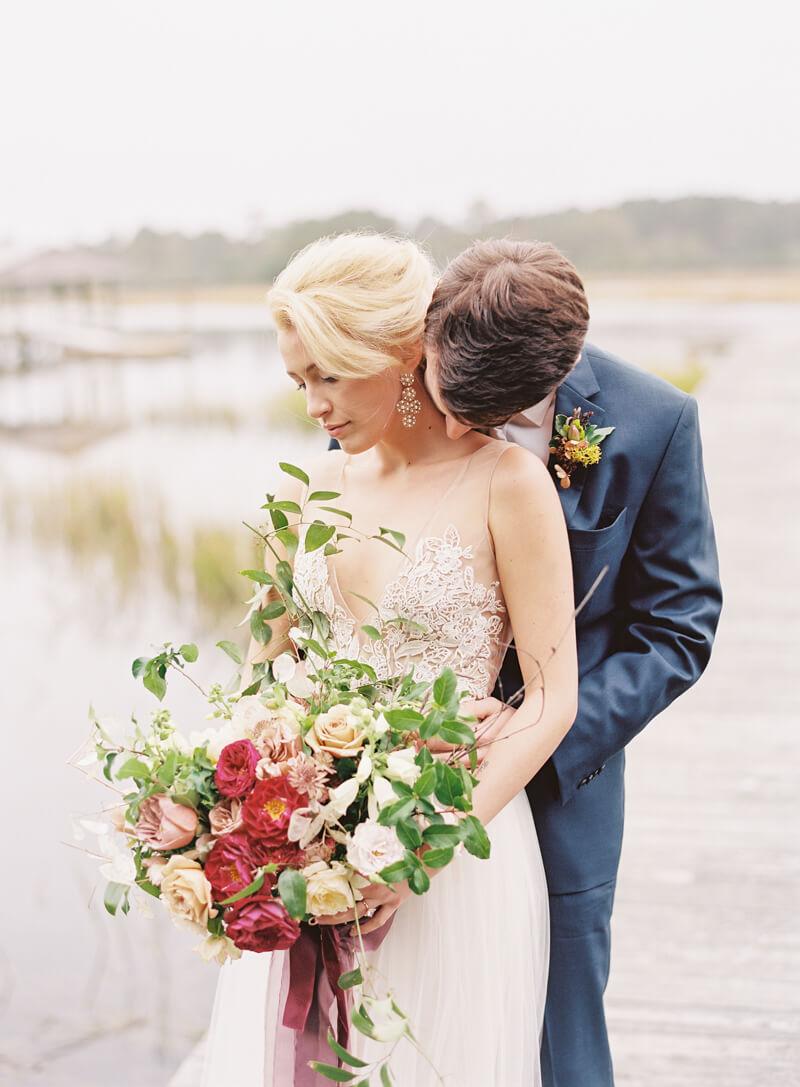 riveroaks-charleston-wedding-photos-fine-art-16.jpg