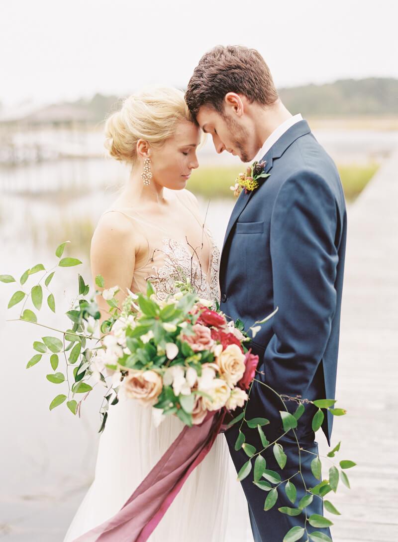 riveroaks-charleston-wedding-photos-fine-art-17.jpg