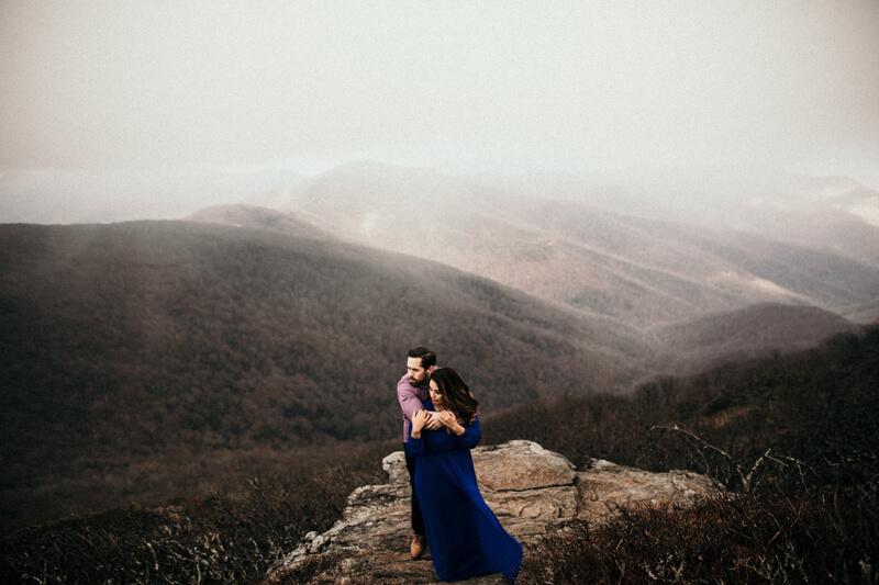 Craggy-Gardens-Mountain-Engagement-10.jpg