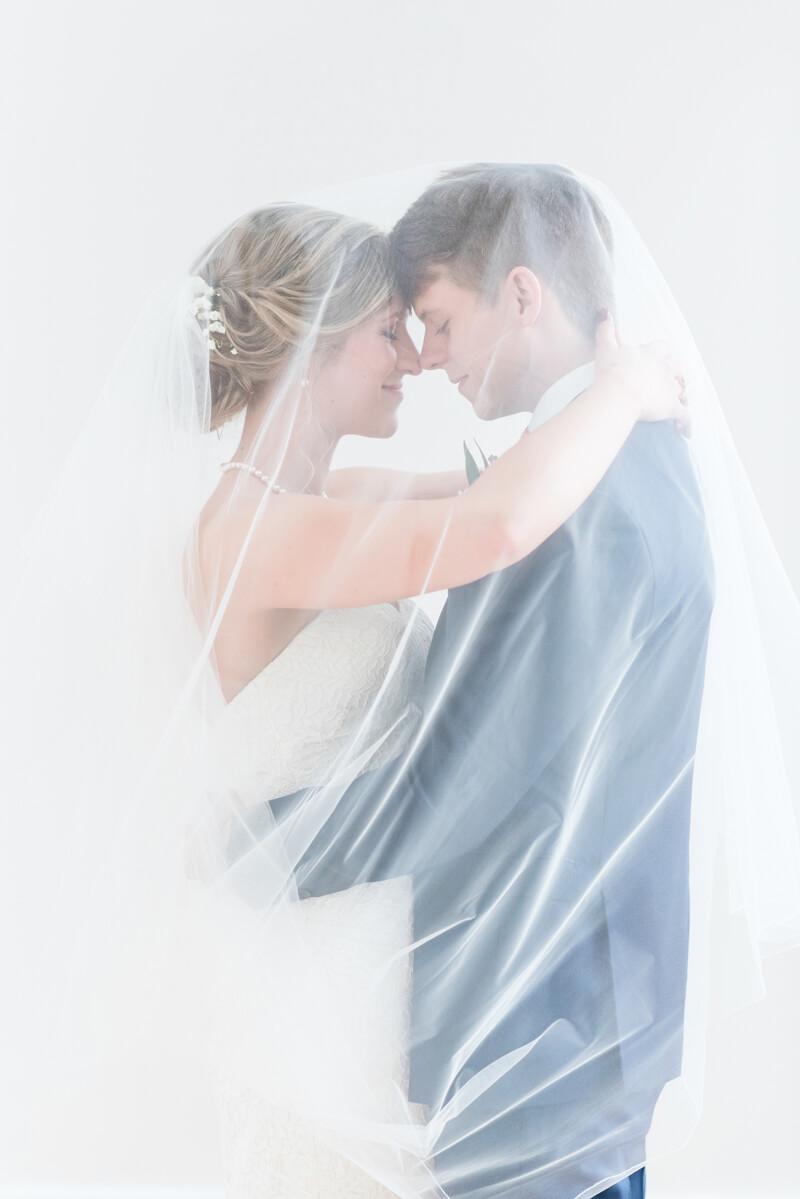 raleigh-wedding-the-stockroom-at-230-14.jpg