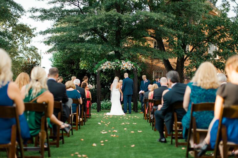 Charming-Historic-Raleigh-Wedding-15.jpg
