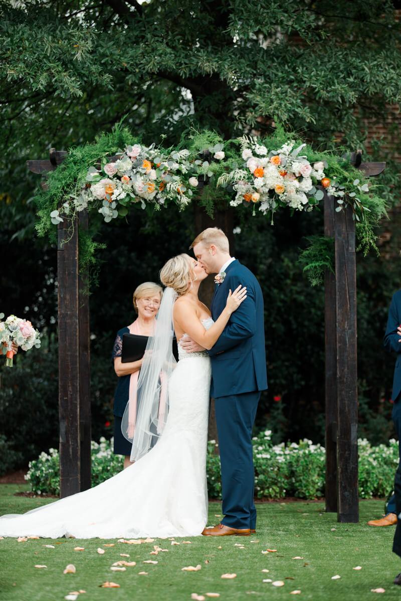 Charming-Historic-Raleigh-Wedding-16.jpg