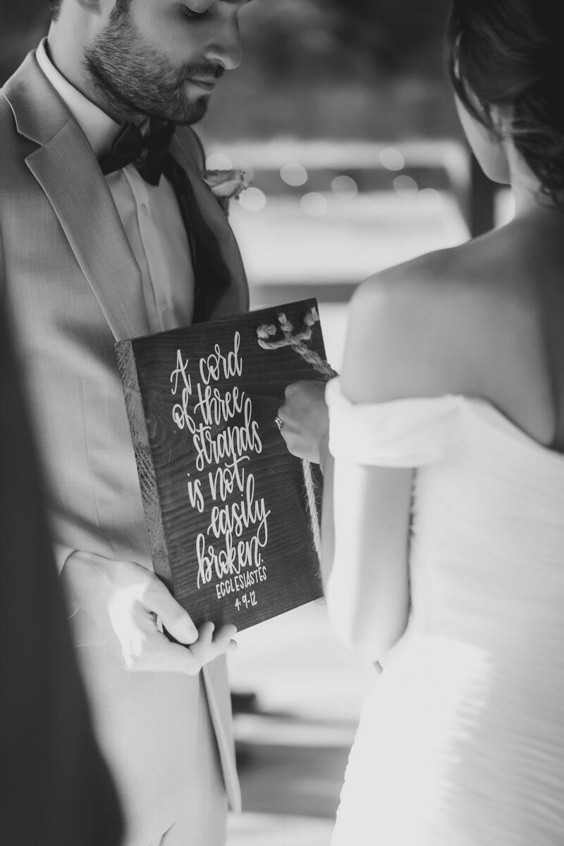 the-farmstead-wedding-photos-charlotte-nc-11.jpg