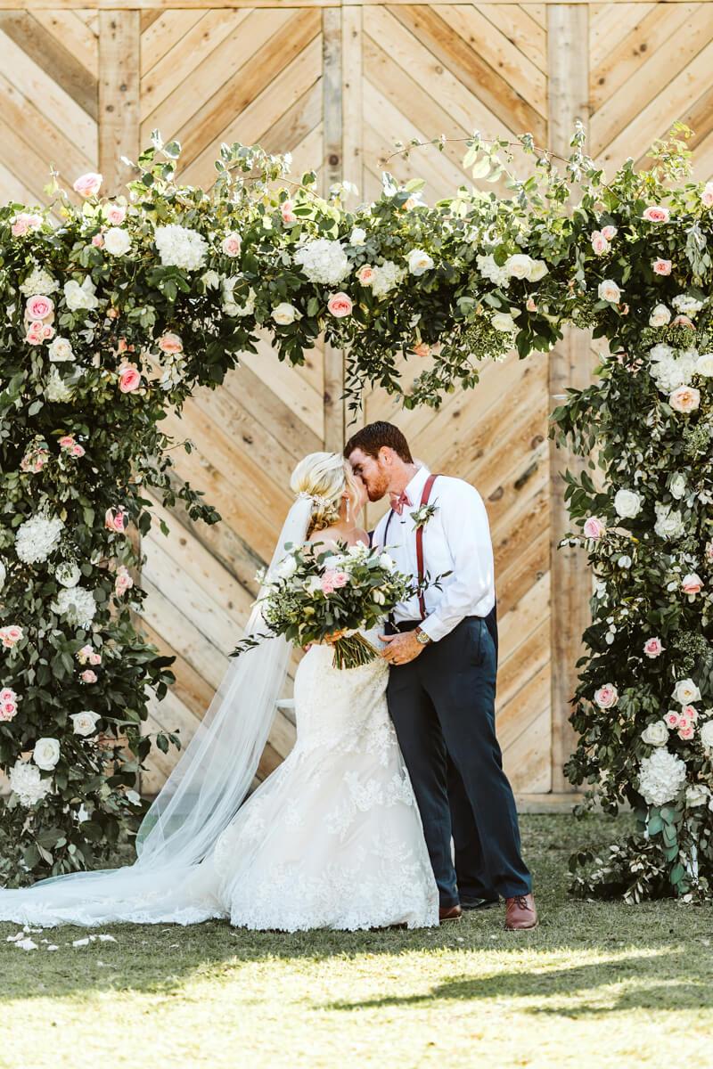 Elegant-Wedding-at-The-Lockamy-Plantation-14.jpg
