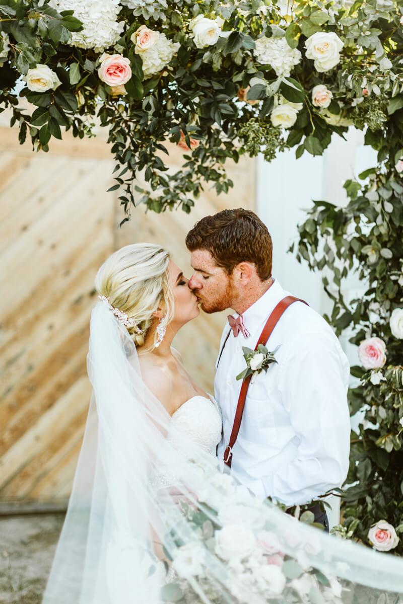 Elegant-Wedding-at-The-Lockamy-Plantation-18.jpg