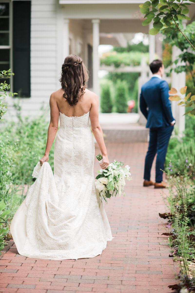 outdoor-garden-wedding-9.jpg